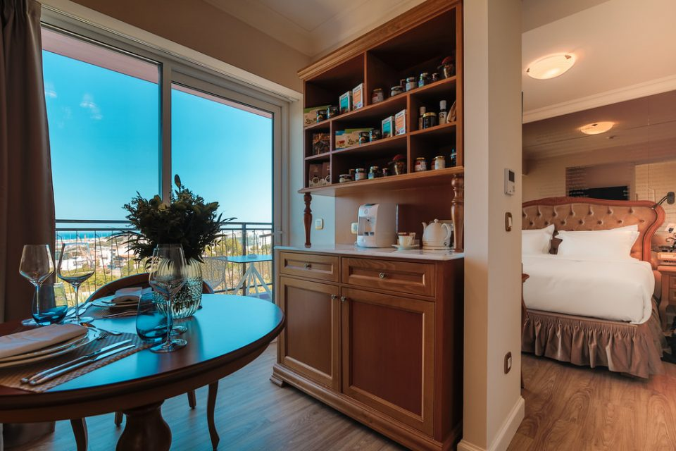 V Suite Sea View